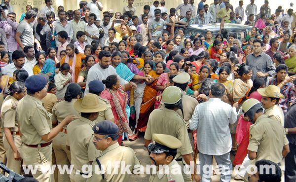 Bang Slum protest _June 4_2014-006