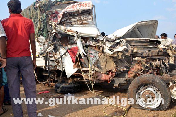 Gulbarga accident_June 2_2014-008