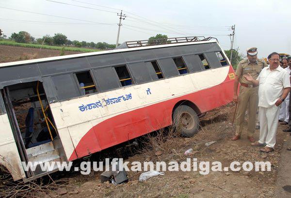 Gulbarga accident_June 2_2014-010
