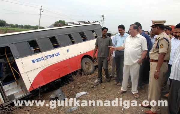 Gulbarga accident_June 2_2014-011