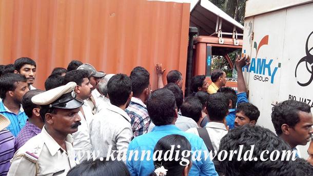 Gurupura_Accident_Protest_11