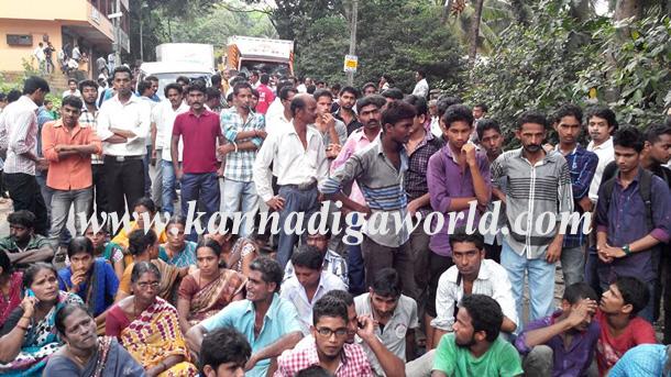 Gurupura_Accident_Protest_6