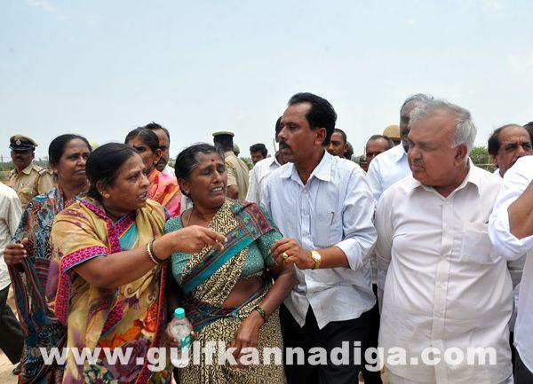 Manduru Village protest_June 1_2014-003