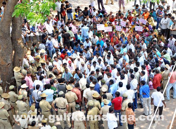 Manduru Village protest_June 1_2014-013