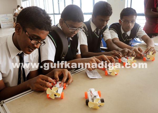 Mega hands-on science contest_June 29_2014_003