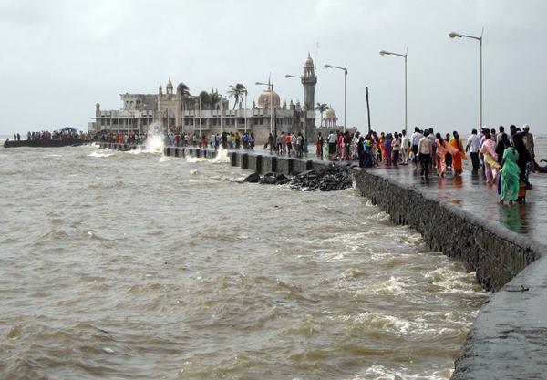 Mumbai havy rain _June 12_2014_003