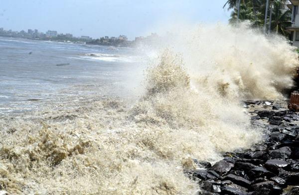 Mumbai havy rain _June 12_2014_009