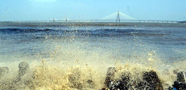 Mumbai havy rain _June 12_2014_011