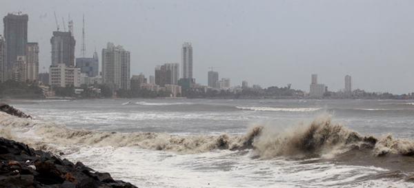 Mumbai havy rain _June 12_2014_014