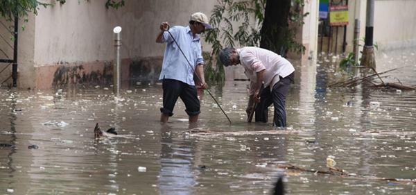 Mumbai havy rain _June 12_2014_015
