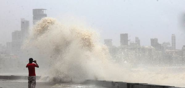 Mumbai havy rain _June 12_2014_017