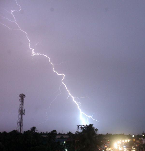 Mumbai havy rain _June 12_2014_021