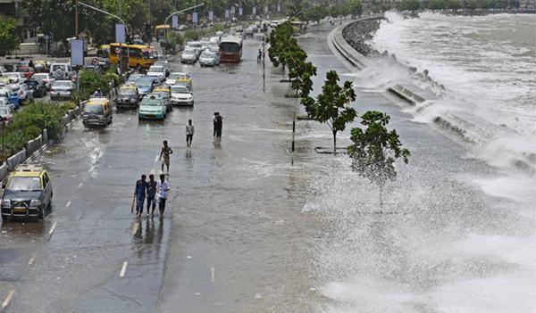 Mumbai havy rain _June 12_2014_027
