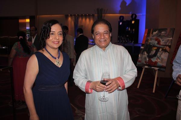 Sangeeta Babani With Anup Jalota1