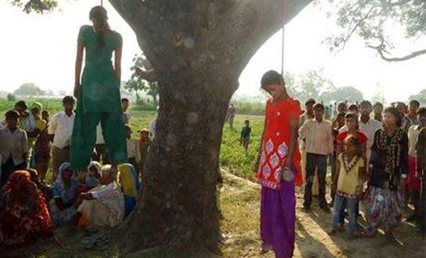 girls-hanging