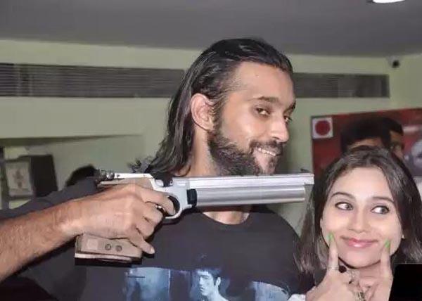 Akhil Kapur with Sasha Agha1