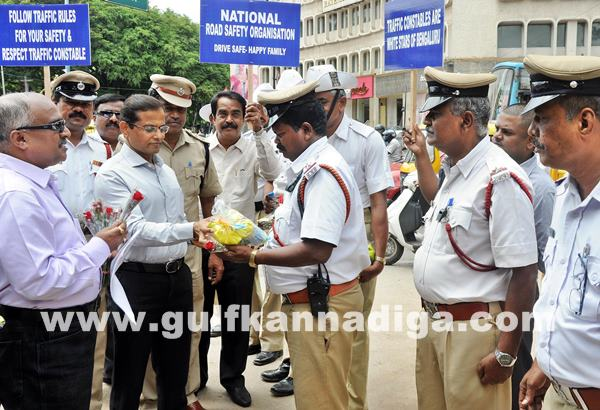 Gesture to Traffic Police Constables an event_July 2_2014_002