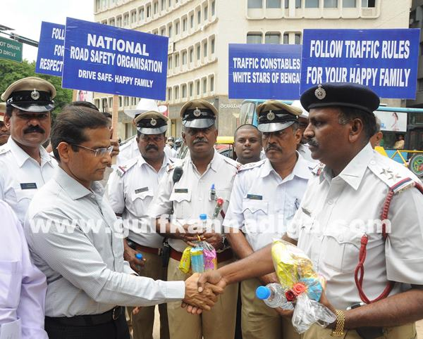 Gesture to Traffic Police Constables an event_July 2_2014_003