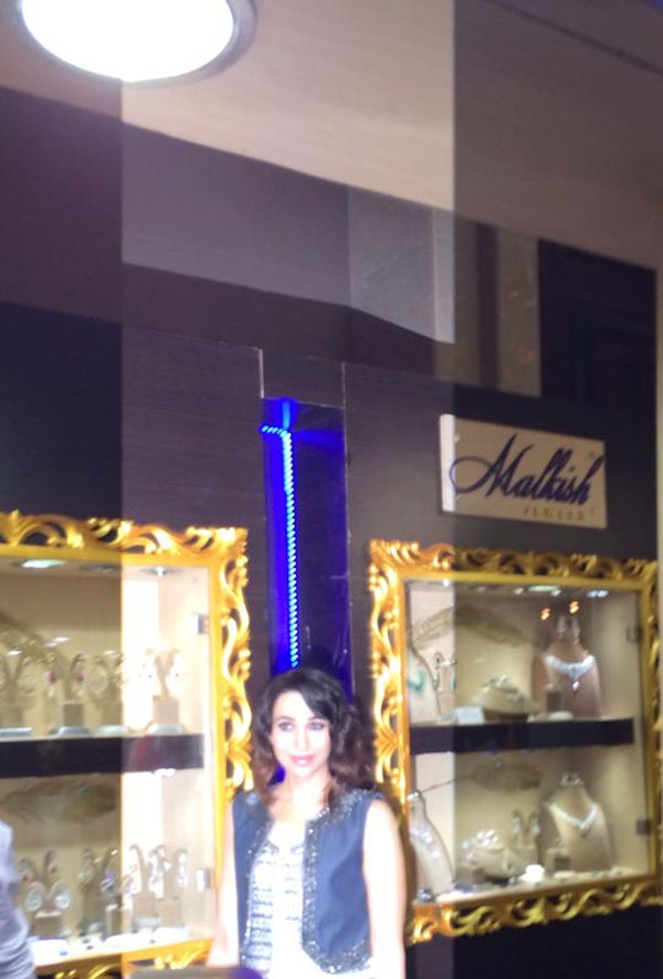 Karishma Kapoor at Malkish Jewels