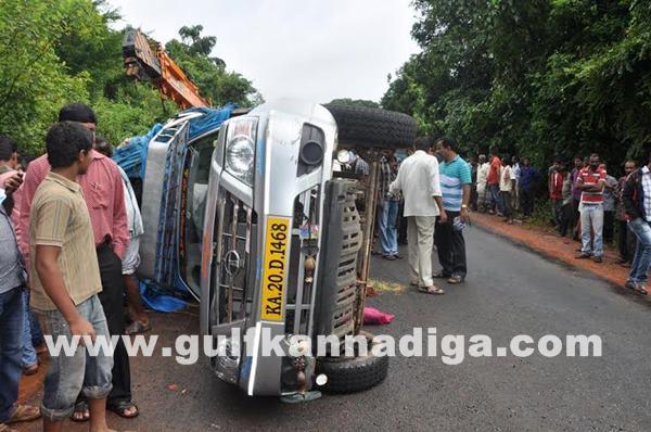 Karkala-accident_July-18_2014_010