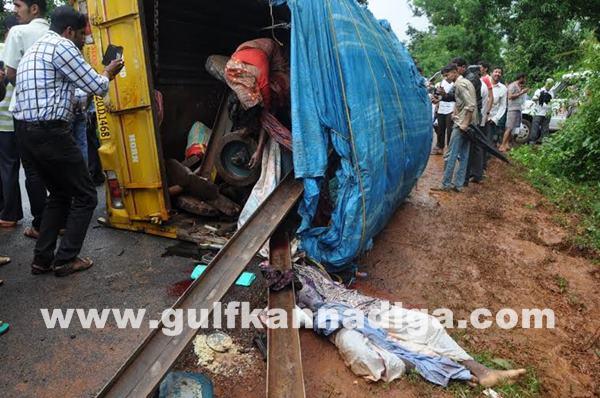 Karkala-accident_July-18_2014_011