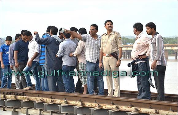 Netravati_bridge_suicide_