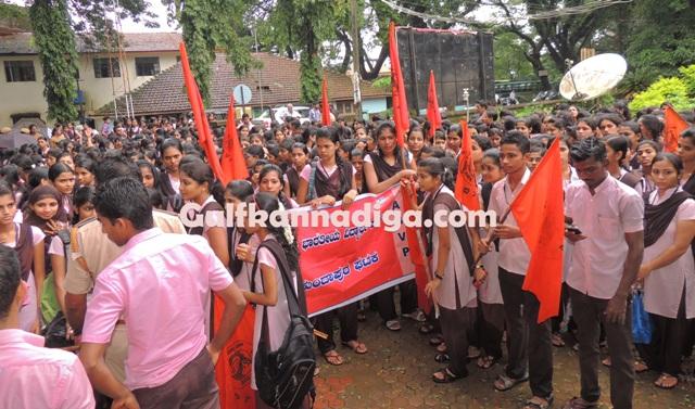kundapur-abvp-protest-31