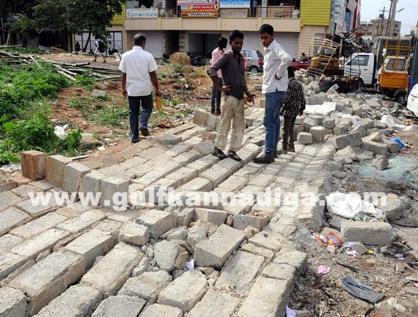 wall collapsed and killed a man_July 9_2014_004