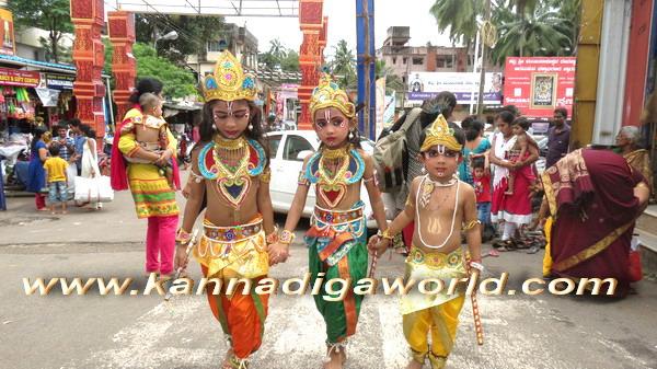 Krishna_Vesha_kadri_35
