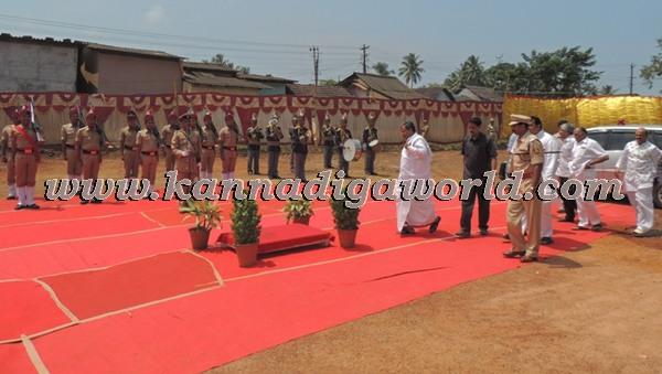 C.M. Siddaramayya_ inaugurates_ Gurupeeta (1)