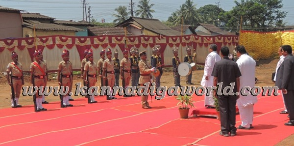 C.M. Siddaramayya_ inaugurates_ Gurupeeta (5)