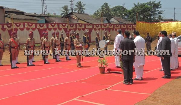 C.M. Siddaramayya_ inaugurates_ Gurupeeta (6)