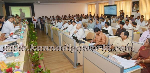 Siddaramayya_visit KDP meeting_udupi (7)