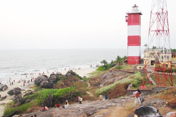 Surathkal_Light_house_beach