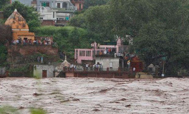 kashmir-1-floods
