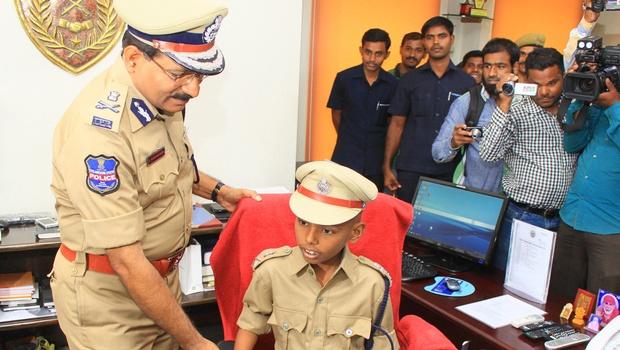 10-Yr-Old-Police-Commissioner-Hyderabad-EPS1