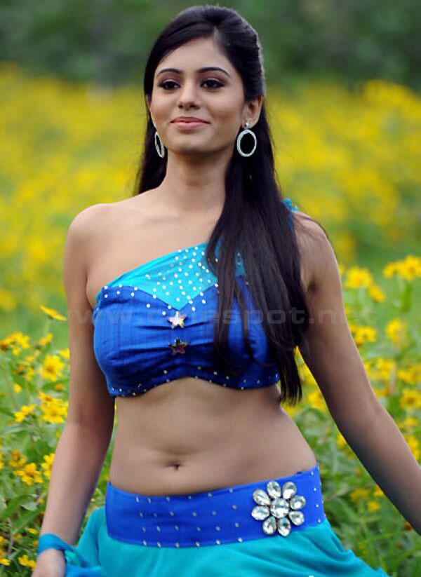Deepa-Sannidhi-Photos.jpg1