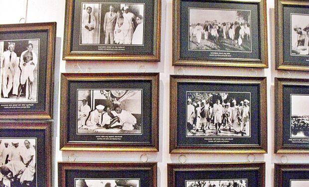 Freedom_struggle_photos_exhibition_mysore