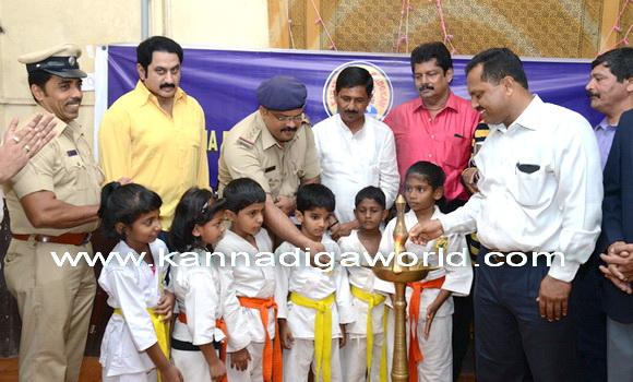 Karate_championship_starts_2