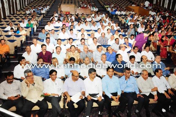 Mumbai_bunts_President_17a