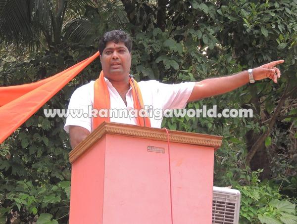 Pejavara Shri_ visit_Koteshwara (8)
