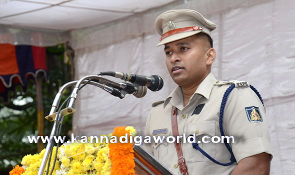 Police_dhwaja_dhina_16