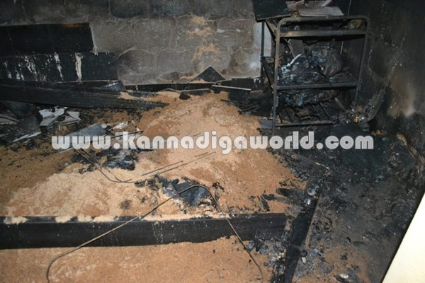 Amavasebailu_Sarpharaj_Home Fire (2)