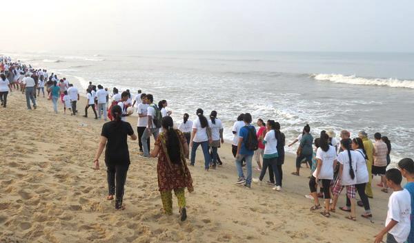 Beach_walk_RxLife_45