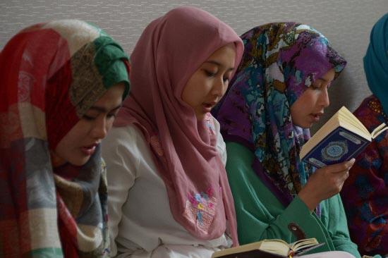 Indonesia-Hosts-Muslim-Miss-World