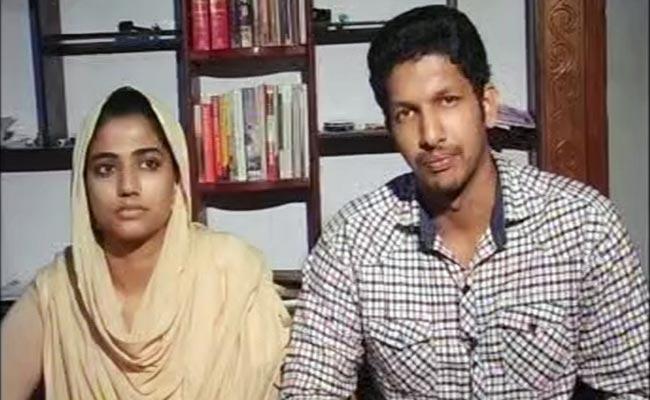 Kerala_couple_650_bigstry
