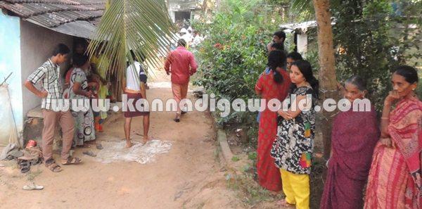 Koteshwara_man suside_with daughter (10)