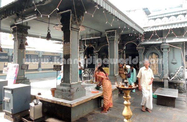 Kundeshwara_Temple_Deepotsava (4)