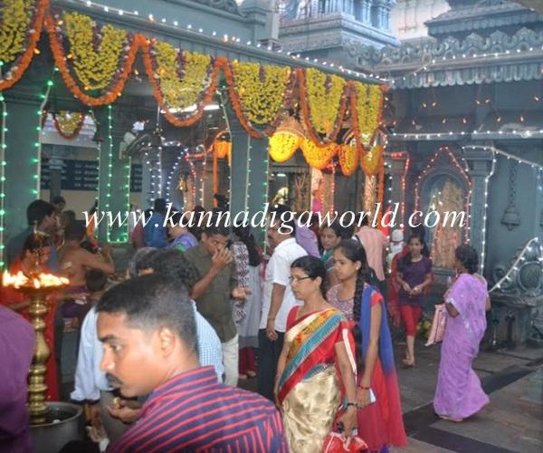 Kundheshwara _Deepotsava_2014 (20)