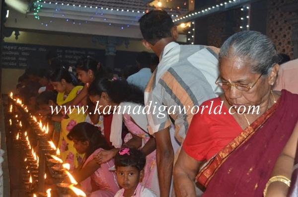 Kundheshwara _Deepotsava_2014 (23)